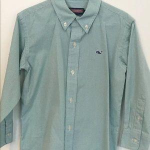 Vineyard vines boys button down shirt size 6